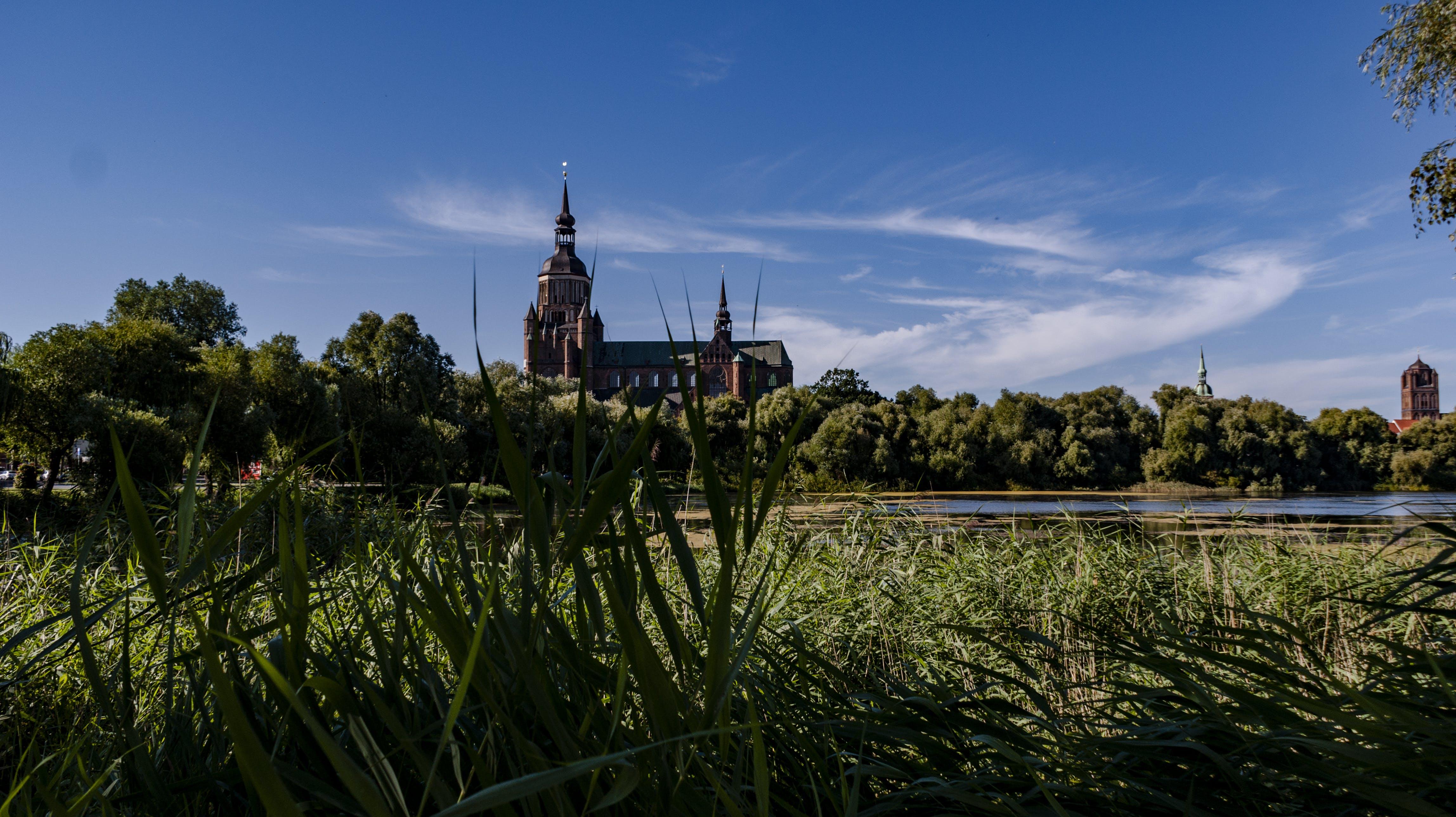 Kostenloses Stock Foto zu ausblick, kirche, landschaft