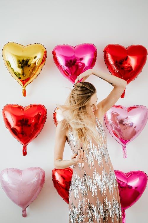 Kostenloses Stock Foto zu ballons, blond, bunt