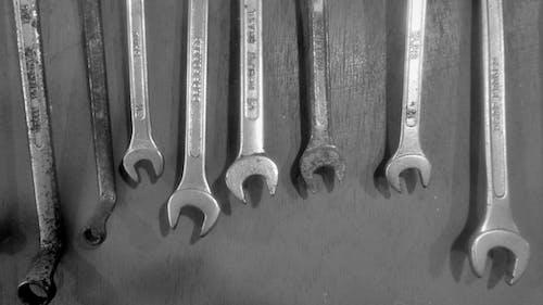 Δωρεάν στοκ φωτογραφιών με εργαλεία, Εργαστήρι, κλειδιά, πάγκος εργασίας