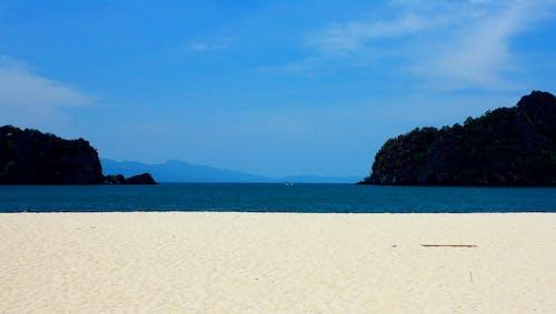 คลังภาพถ่ายฟรี ของ ชายหาด, ท้องฟ้า, ทะเล, สีน้ำเงิน