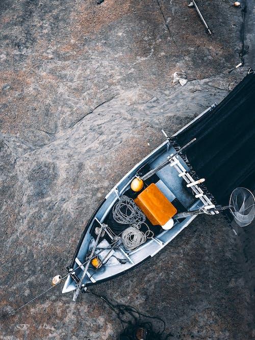 Foto d'estoc gratuïta de aigua, barca, corda, embarcació d'aigua