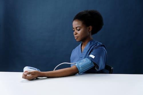 Foto profissional grátis de cardiovascular, checagem, enfermeiro