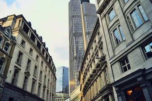 Immagine gratuita di architettura, centro città, città, edifici