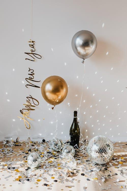 Kostenloses Stock Foto zu ballons, begrifflich, champagnerflasche