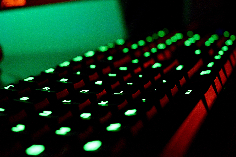 Gratis stockfoto met blurry, donker, elektronica, fel