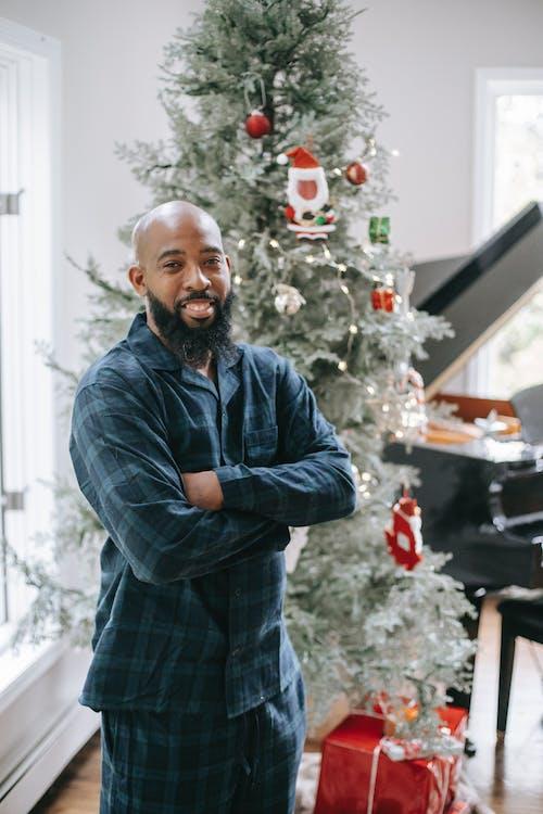 Безкоштовне стокове фото на тему «toothy smile, афроамериканський чоловік, безтурботний, блискучий»
