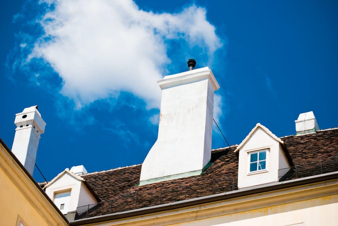 Бесплатное стоковое фото с вена, голубое небо, дымоход