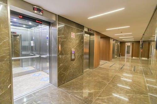 Fotos de stock gratuitas de abierto, adentro, ascensor