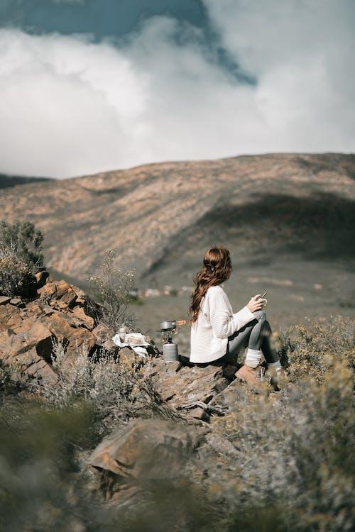 人, 休闲时光, 健行, 冒險 的 免费素材图片