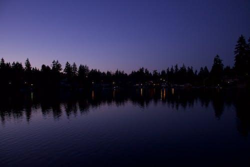 Gratis arkivbilde med daggry, elv, fredelig