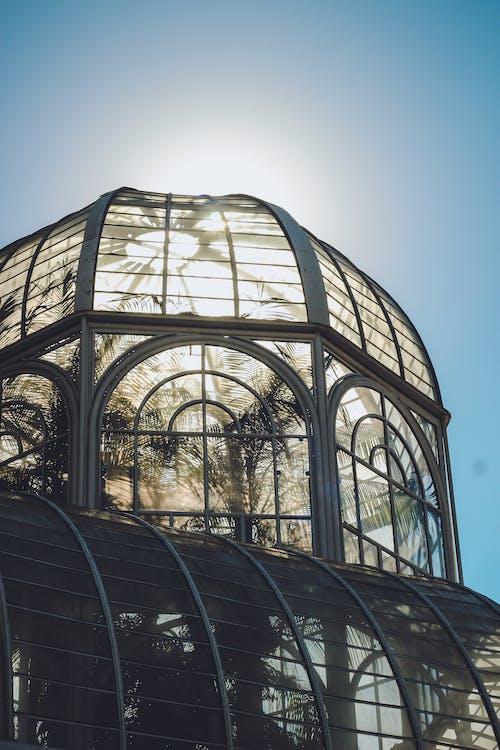 Gratis arkivbilde med arkitektonisk design, arkitektur, blå himmel