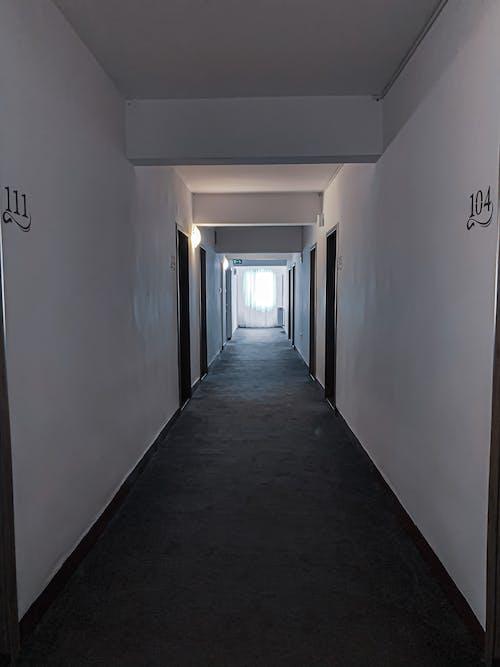 Ilmainen kuvapankkikuva tunnisteilla asuin, asuminen, asunto, aula