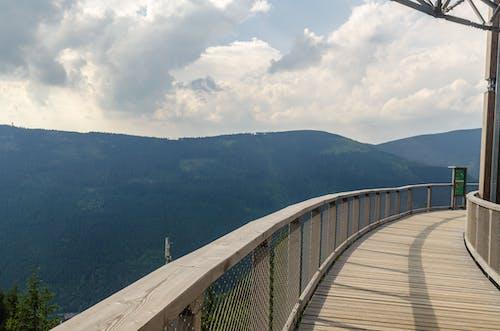 Základová fotografie zdarma na téma balkon, dřevěná prkna, hora, idylický