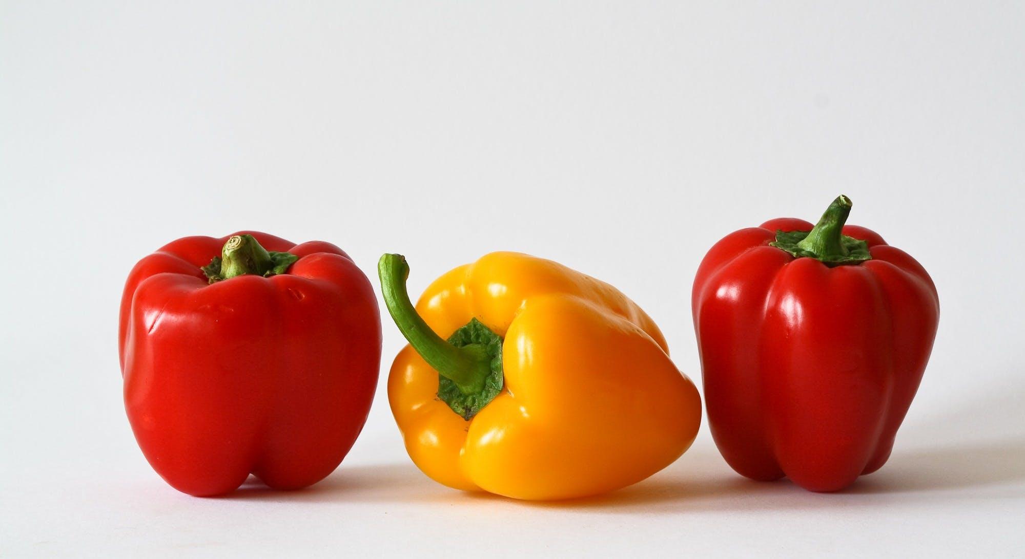 Yellow Bell Pepper Between 2 Red Bell Pepper
