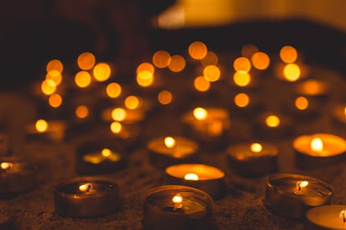 Безкоштовне стокове фото на тему «легкий, свічка»