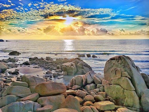 Gratis stockfoto met gouden zonsopgang, mooie zonsondergang, natuur, op het strand