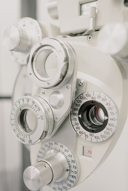 Optician clinical testing machine in hospital