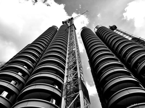 Graustufenfotografie Des Gebäudes