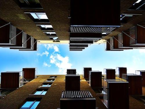 Ảnh lưu trữ miễn phí về ban công, các cửa sổ, căn hộ, chung cư