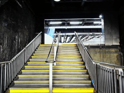 Fotobanka sbezplatnými fotkami na tému kroky, mestský, moderný, nehrdzavejúca oceľ