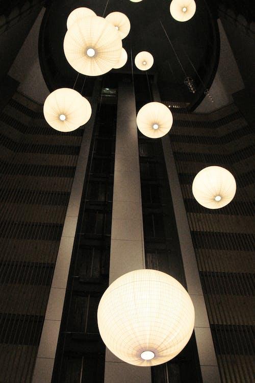 Foto profissional grátis de corredor, elevador, hotel, luzes