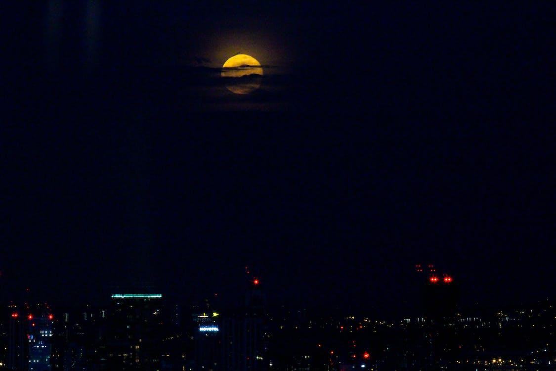 czerwony księżyc, gwiazdy, księżyc