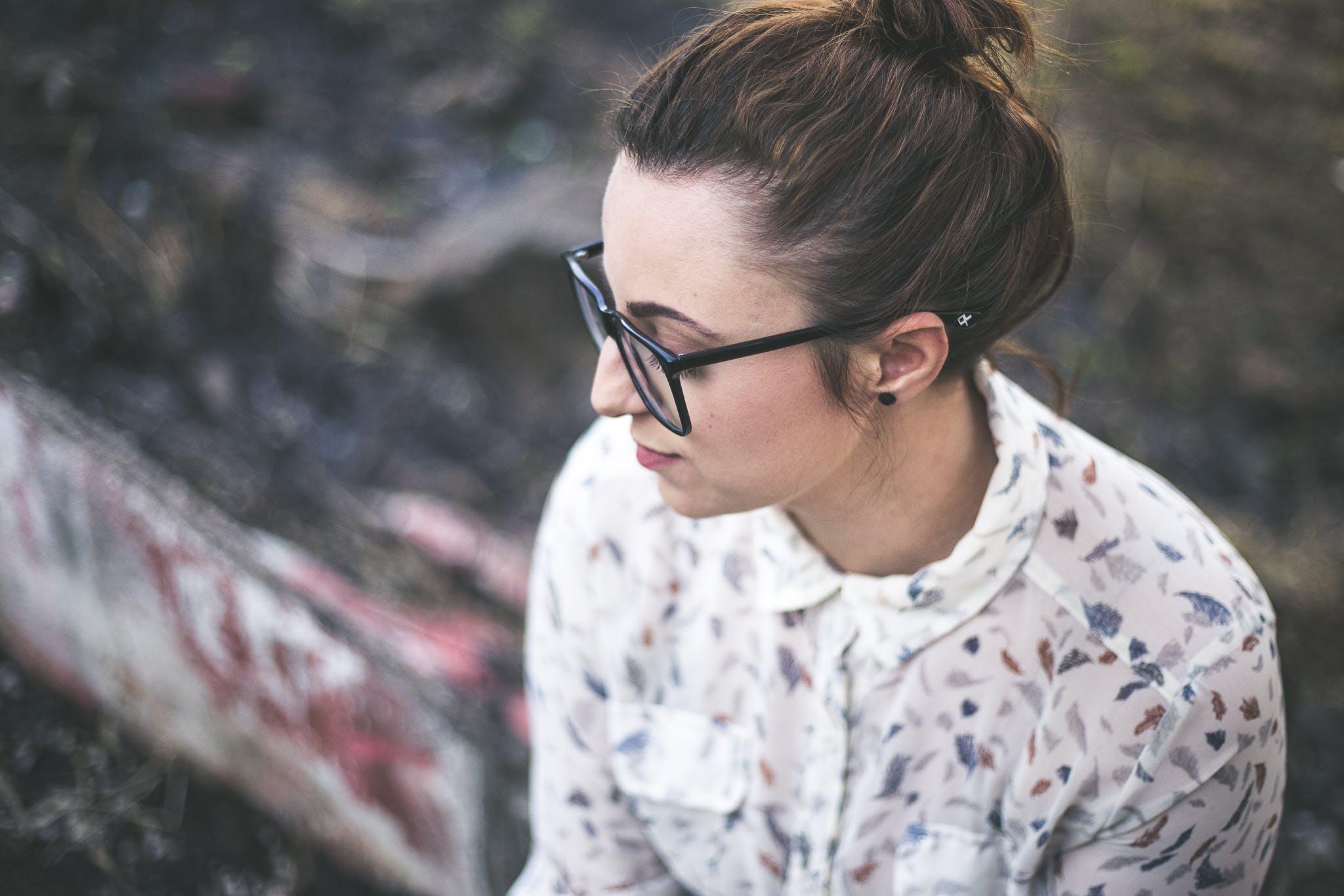 alone, beautiful, eyeglasses