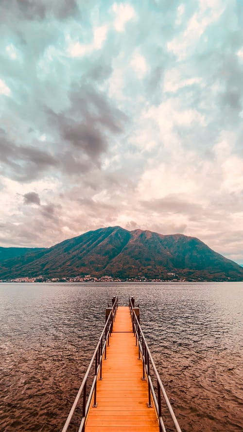 Fotobanka sbezplatnými fotkami na tému cestovať, drevený most, exteriéry, hora