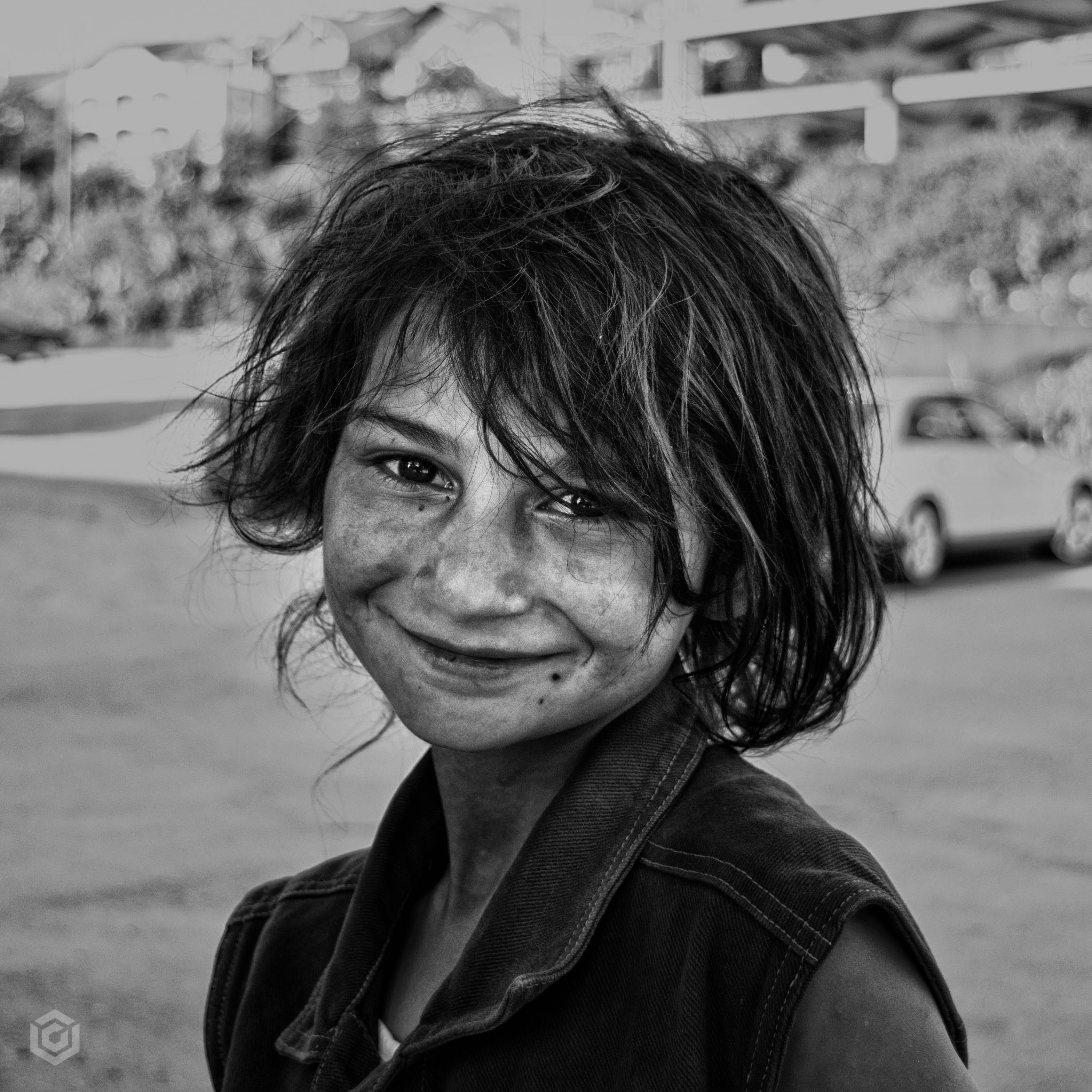 Free stock photo of black and white, gipsy girl, girl, smile