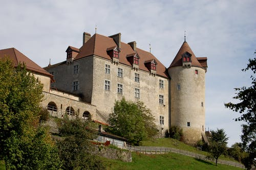 Fotobanka sbezplatnými fotkami na tému architetural, hrad