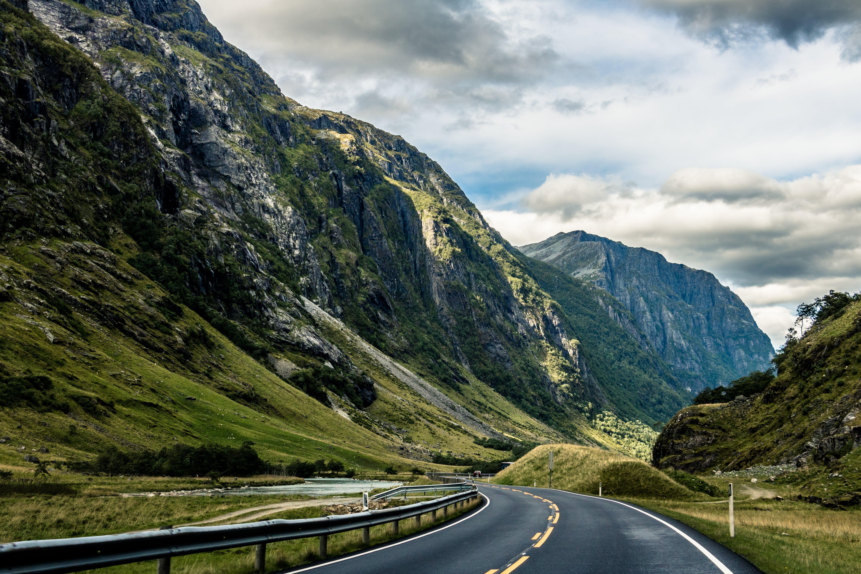 Gratis arkivbilde med asfalt, bue, dagslys, fjord