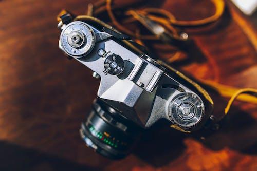 Gratis lagerfoto af analog, årgang, kamera