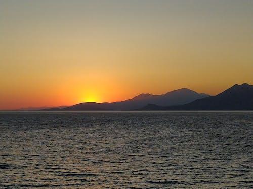 Kostnadsfri bild av gyllene solnedgång, solnedgång, solnedgång färg, solnedgång färger