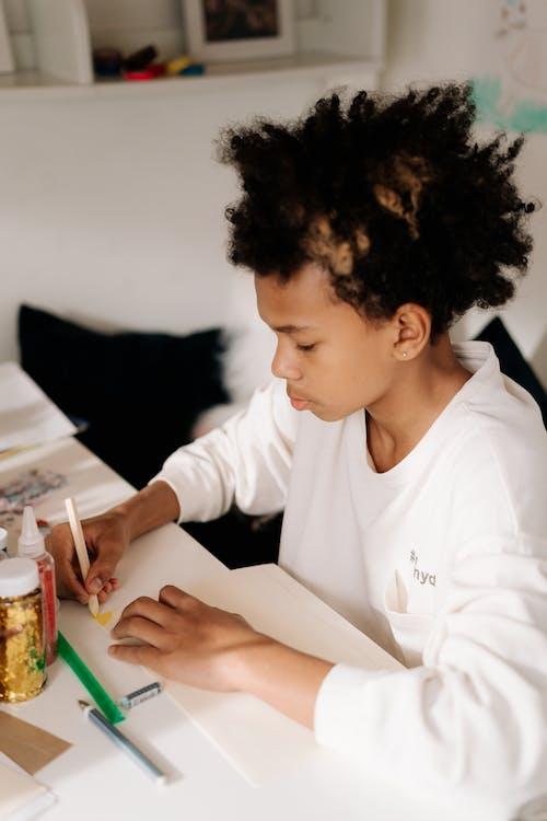 Ingyenes stockfotó afro haj, afro-amerikai fiú, alkotás témában