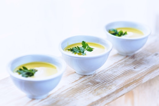 Leek and potato soup with parsley