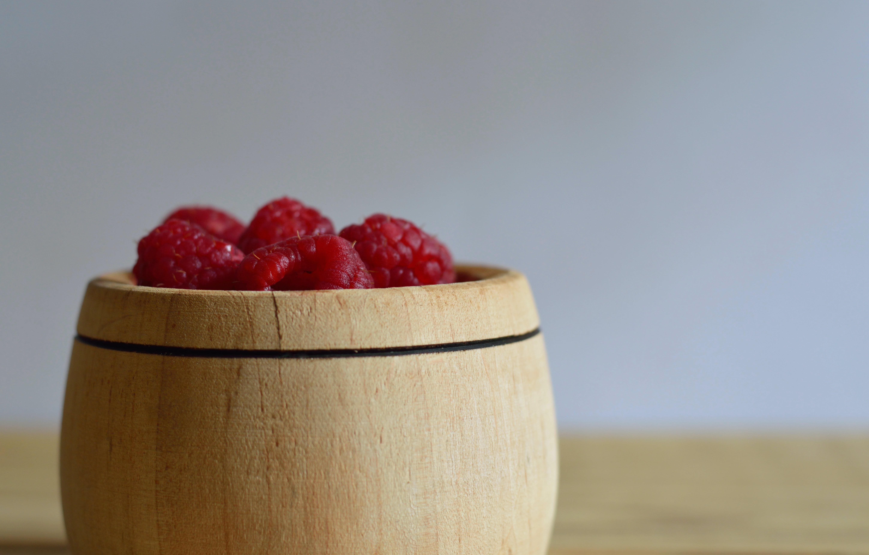 คลังภาพถ่ายฟรี ของ ขัน, คอนเทนเนอร์, ผลไม้, ราสเบอร์รี่