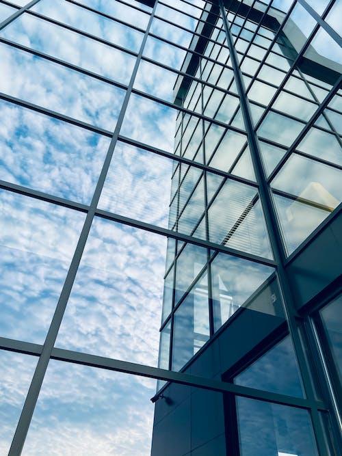 Fotos de stock gratuitas de reflejo, reflexión, ventanas, Ventanas de cristal