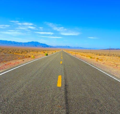 Gratis lagerfoto af arizona, bane, bjerg, blå himmel