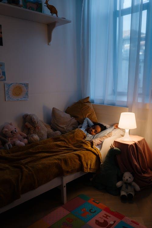 Photos gratuites de adorable, chambre, chambre à coucher