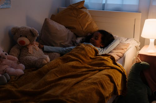 Kostnadsfri bild av afrikansk amerikan tjej, barn, bekväm