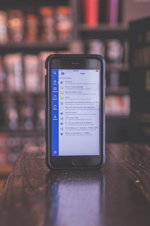 iPhone, 原本, 可攜式