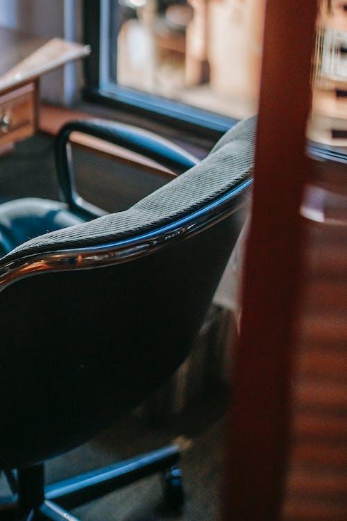 Darmowe zdjęcie z galerii z biurko, biuro, delikatny, drewniany