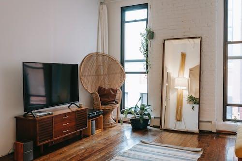 家具付きの部屋のインテリア
