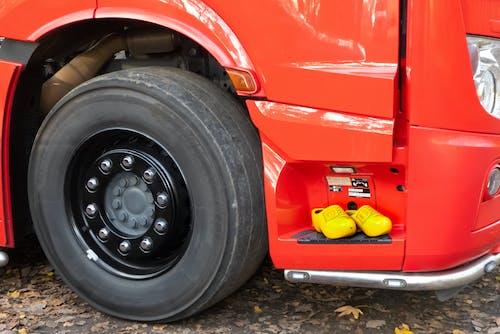 Fotos de stock gratuitas de amarillo, camión grande, camiones, cansar