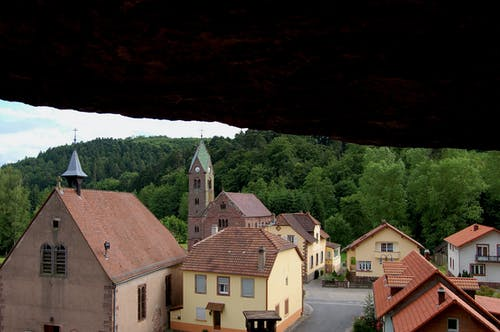 Fotobanka sbezplatnými fotkami na tému dedina, jaskyňa, jaskyne
