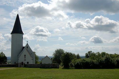 Безкоштовне стокове фото на тему «хмара, Церква»