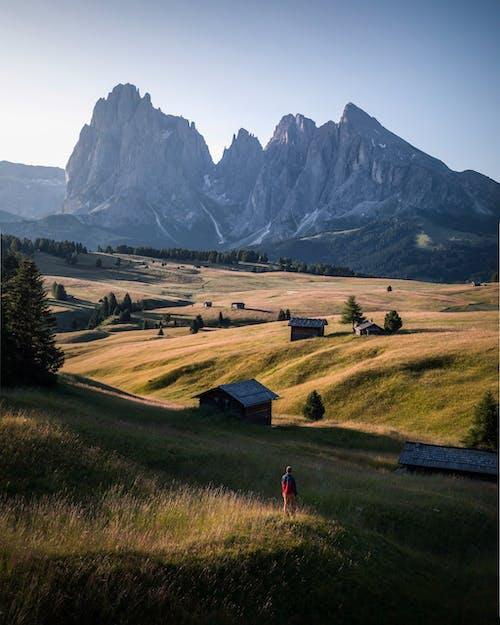 Бесплатное стоковое фото с гора, долина, дорога, живописный