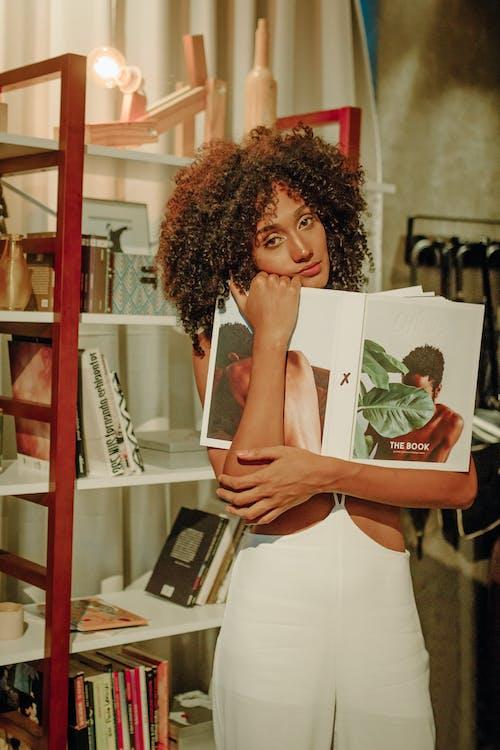 Ingyenes stockfotó álló kép, arckifejezés, árukészlet témában