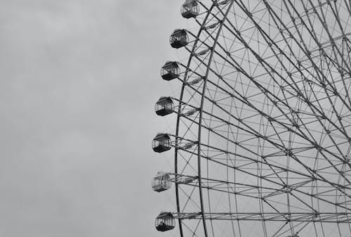 Gray Scale Photo of Ferris Wheel
