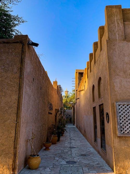 垂直, 巷弄, 建築 的 免費圖庫相片
